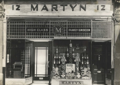 w-martyn-tea-and-coffee-shop-front